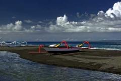 kusamba-beach